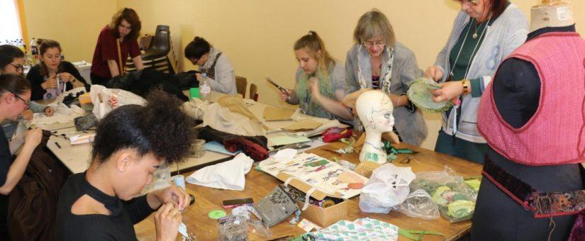 Les DTMS préparent les costumes pour la fête communale de Feuquière